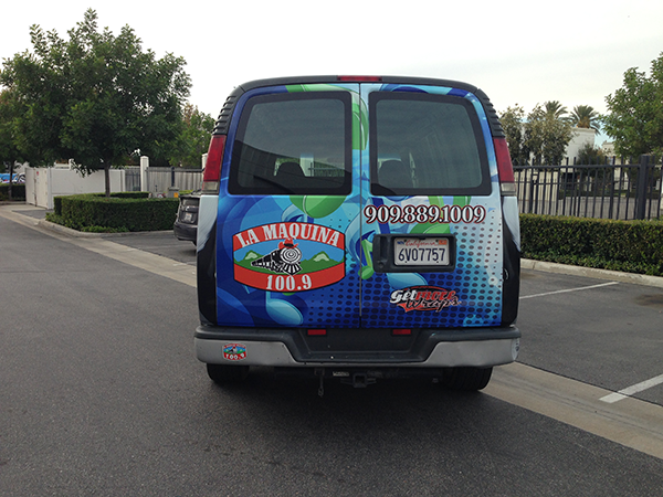 chevy-van-using-gf-for-la-maquina-100.9-radio-station-2.png